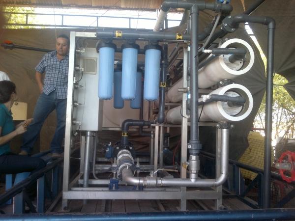 Especialistas han desarrollado modelos de plantas desaladoras en el estado de Sonora para proveer de agua a agricultores. Crédito: Cortesía de Rodrigo González/Itson