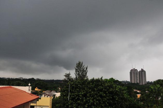 La amenaza de una tormenta es motivo de preocupación para muchos srilankeses. Crédito: Amantha Perera/IPS