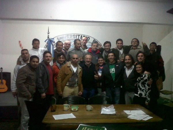 Participantes en la asamblea fundacional delSindicato Único de Trabajadores Privados de la Libertad Ambulatoria , en julio de 2012. Crédito: CTA