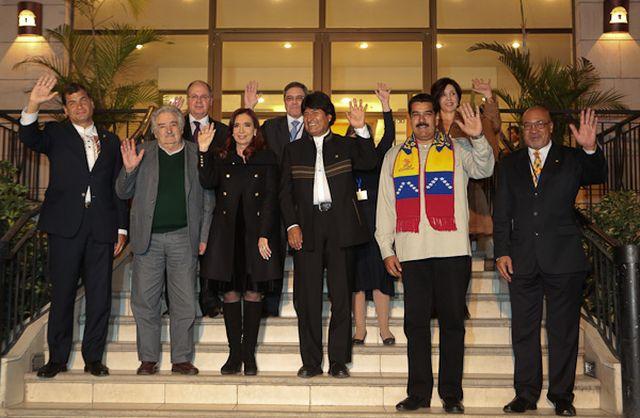 Rafael Correa, José Mujica, Cristina Fernández, Evo Morales, Nicolás Maduro y Desiré Bouterse reclaman a Europa y Estados Unidos que alguna vez pidan perdón. Gobierno de Venezuela