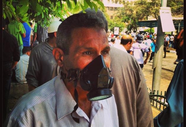 Manifestantes egipcios se preparan para resistir la represión militar. Crédito: Sam Kimball/IPS