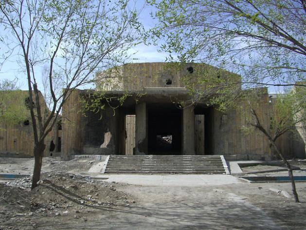 Un edificio destruido por la guerra en Afganistán. Crédito: Anand Gopal/IPS