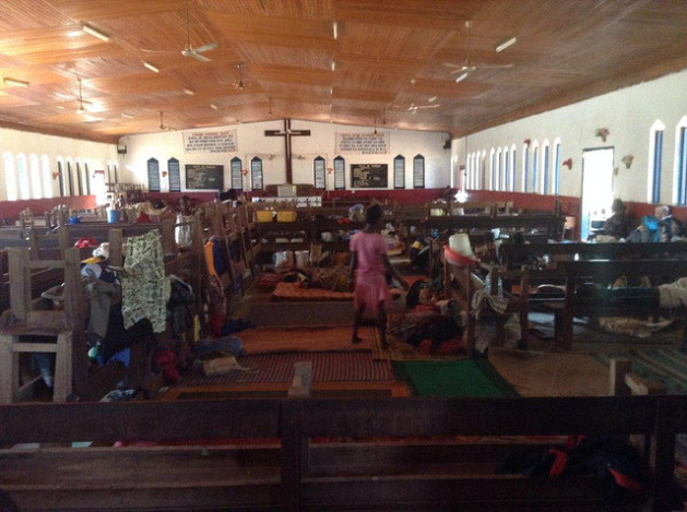 Refugiados de República Centroafricana buscan cobijo en una iglesia. Crédito: ©EU/ECHO/Ian Van Engelgem.