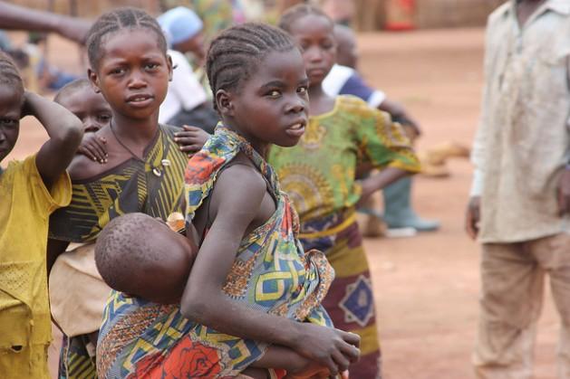 Desde que los rebeldes Séléka tomaron el poder en República Centroafricana en marzo de 2013, unas 200.000 personas fueron desplazadas por el conflicto. Crédito: EU/ECHO/M.Morzaria/cc by 2.0