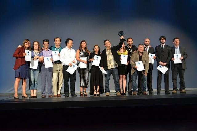 Los ganadores del Premio Latinoamericano de Periodismo de Investigación, que organiza el IPYS, durante el acto de entrega en el marco de la Conferencia Global de Periodismo de Investigación, celebrada en Río de Janeiro entre el 12 y el 15 de octubre de 2013.  Crédito: Cortesía de IPYS
