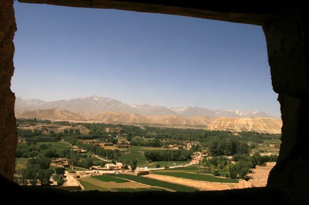 Una vista de Bamiyán, donde el movimiento radical islamista Talibán destruyó en 2001 dos antiguas estatuas de Buda. Crédito: Giuliano Battiston/IPS
