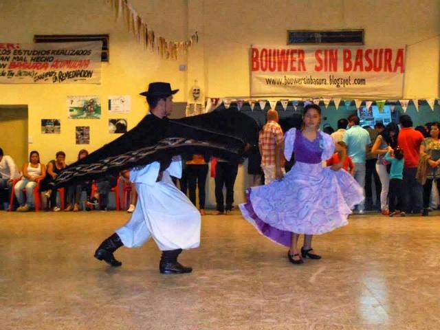 Bailarines gauchescos en el Festival de la Contaminación. Crédito: Cortesía Bouwer Sin Basura.