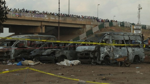 El último atentado con bomba de Boko Haram en la capital de Nigeria, Abuja, mató a 75 personas el 14 de abril. Cortesía: Ayo Bello
