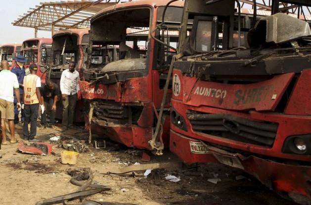 El último atentado con bomba de Boko Haram en la capital de Nigeria, Abuja, el 14 de abril de 2014, dejo 75 personas muertas. Cortesía: Mohammed Lere