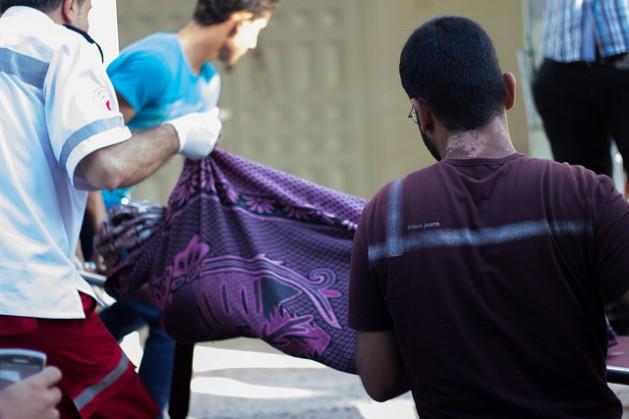 El conflicto que comenzó el 8 de julio les costó la vida a más de 620 palestinos, en su mayoría civiles, entre ellos al menos 230 mujeres y niños, y dejó a más de 3.700 heridos. Del lado israelí hubo 27 soldados y dos civiles muertos. Crédito: Syeda Amina Trust Charity/cc by 2.0