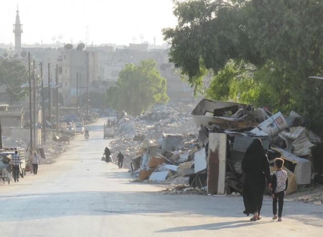 Lo que quedaba de una calle de Alepo en agosto. Crédito: Shelly Kittleson/IPS