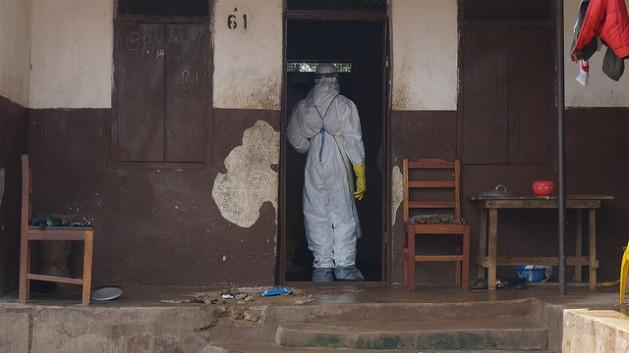 Uno de los epicentros del ébola, el distrito de Kailahun, en la frontera oriental de Sierra Leona con Guinea, está en cuarentena desde principios de agosto. Crédito: ©EC/ECHO/Cyprien Fabre