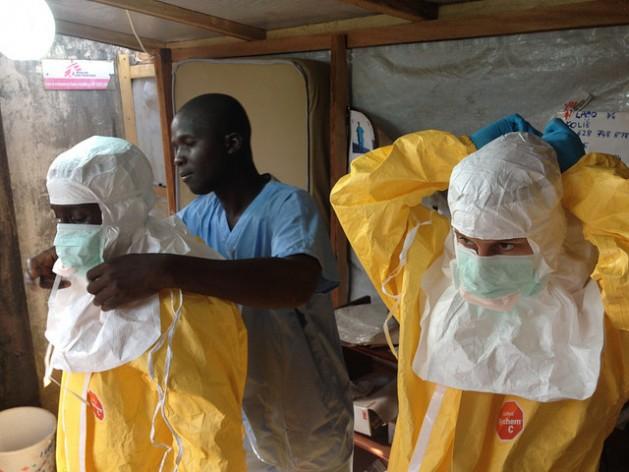 Sierra Leona y Liberia podrían tener más de 20.000 casos nuevos de ébola en las próximas seis semanas y hasta 1,4 millones para enero de 2015, de mantenerse el actual ritmo de expansión del virus. Crédito: Comisión Europea DG ECHO/CC-BY-ND-2.0