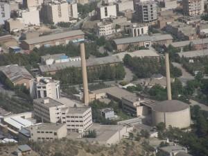 El Reactor de Investigación de Teherán, que utiliza uranio enriquecido para producir isótopos con fines médicos. Crédito: Jim Lobe/IPS