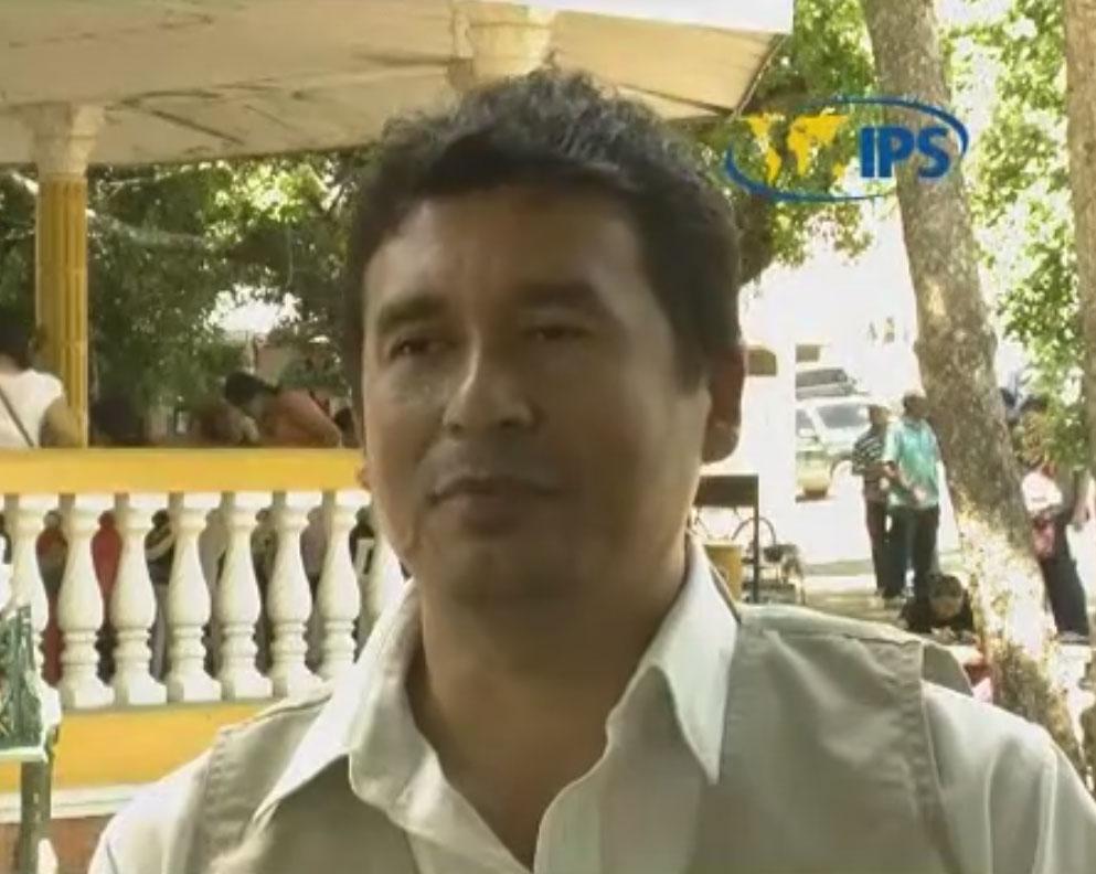 Video de entrevista de Edgardo Ayala a Marcos Gálvez, Mesa frente a la minería en El Salvador.