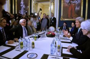 Negociaciones nucleares celebradas entre Irán y Alemania, China, Estados Unidos, Francia, Gran Bretaña y Rusia, en Viena en julio de 2014. Crédito: SEAE/cc por 2,0
