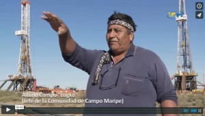 Torres petroleras invaden la tierra argentina de los mapuches