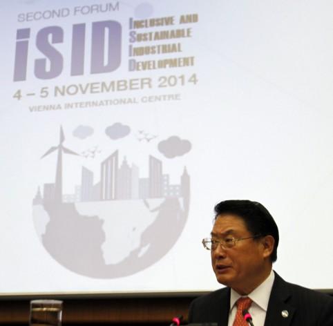 """El director general de la Onudi, Li Yong, en el """"Segundo foro sobre desarrollo industrial inclusivo y sostenible en alianzas"""", los días 4 y 5 de este mes en Viena. Crédito: Cortesía de Onudi"""