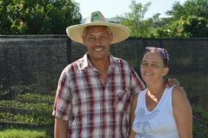 El matrimonio de Damaris González y Omar Navarro concibe su finca en el oriente de Cuba como un sistema integral de agroecología. Crédito: Cortesía de Randy Rodríguez Pagés/ SEMlac