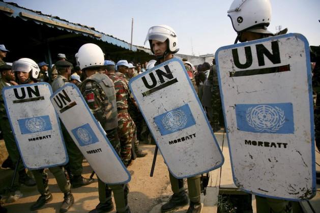 Las fuerzas de paz de la misión de la ONU en República Democrática del Congo (Monuc) brindan seguridad en un juicio. Varios miembros del personal del foro mundial fueron asesinados en el país africano en los últimos años. Crédito: Foto de la ONU/Martine Perret.
