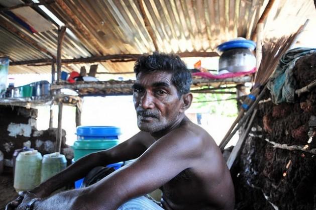 Harta de la pobreza, el desempleo y las promesas incumplidas, la mayoría tamil de la provincia del Norte de Sri Lanka votó por el candidato opositor Sirisena en las elecciones presidenciales. Crédito: Amantha Perera/IPS