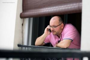 El iraní-estadounidense Jason Rezaian, jefe de la corresponsalía del diario The Washington Post en Teherán, está detenido en Irán desde el 22 de julio de 2014. Crédito: http://freejasonandyegi.com/