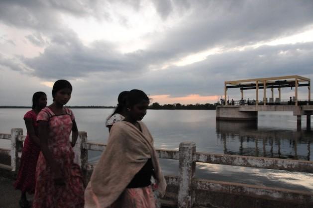 Una investigación de Oxfam en Sri Lanka concluyó que dos tercios de las 33.000 personas que murieron o desaparecieron a causa del tsunami de 2004, eran mujeres. Crédito: Amantha Perera/IPS.