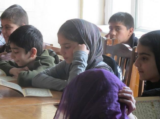 Estudiantes del Instituto Nacional de Música de Afganistán. Crédito: Shelly Kittleson/IPS