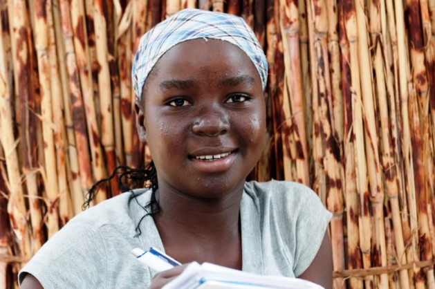 Bienvienue Taguieke, de 15 años, se negó a entregada en matrimonio a cambio del equivalente a 8,50 dólares cuando tenía 12. Crédito: Ngala Killian Chimtom/IPS