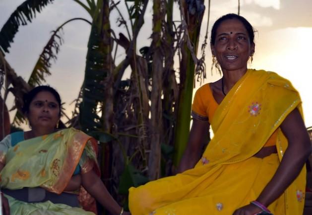 La familia de Phulkali Bai la torturó por unirse a la organización de mujeres Narmada Mahila Sangh (NMS), en el centro de India, pero no se dejó intimidar. Crédito: Stella Paul/IPS