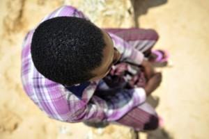 Ex niños soldado reclutados por Al Shabaab quedan a cargo del Fondo de las Naciones Unidas para la Infancia (Unicef) tras ser capturados por las fuerzas de la Misión de la Unión Africana en Somalia (Amisom, en inglés). Crédito: UN Photo/Tobin Jones