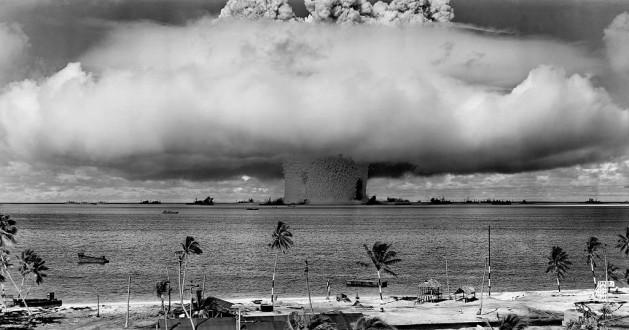 Un grupo de personas eminentes lanzó una campaña el 25 de agosto para prohibir los ensayos de armas nucleares, como este realizado en el atolón de Bikini en 1946. Crédito: Departamento de Defensa de Estados Unidos