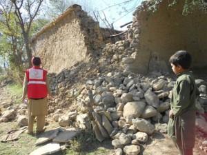 Huellas del terremoto del 26 de octubre en Jiber Pajtunjwa, provincia noroccidental de Pakistán. Crédito: Ashfaq Yusufzai / IPS