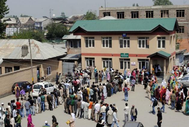 Vista de un hospital Srinagar, capital del estado indio de Jammu y Cachemira. Crédito: Umer Asif/IPS.