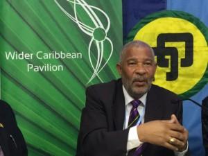 El cambio climático ya afectó profundamente a la pesca y a la población que vive de ella en el Caribe, asegura Horace Walters. Crédito: Desmond Brown / IPS