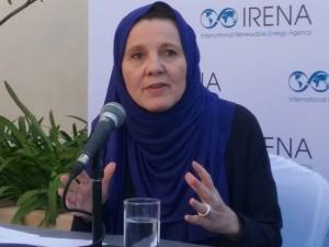 Rabia Ferroukhi, subdirectora de Política del Conocimiento de la Agencia Internacional de Energía Renovable, habla sobre el Acuerdo de París.