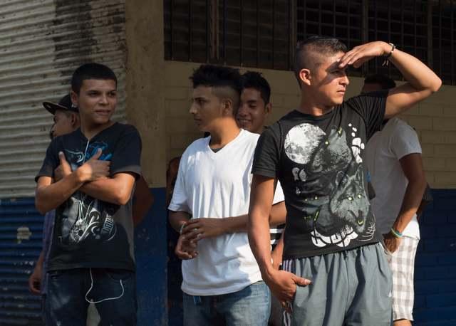 La población infantil y juvenil es la más afectada por la violencia en El Salvador. Crédito: Ximena Natera y Fernando Santillán/A Pie de Página