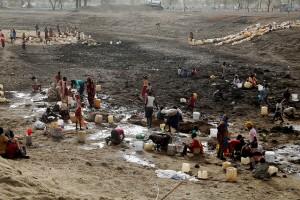 Más de dos millones de sudaneses del sur fueron desplazados de sus hogares por el conflicto en curso. Crédito: Jared Ferrie / IPS