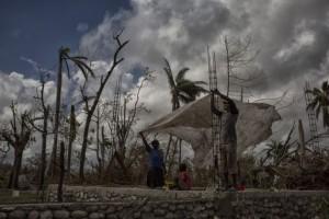 La ONU distribuye asistencia a la población de Les Cayes, en el oeste de Haití. Crédito: Logan Abassi Minustah/ONU.