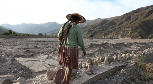 En la mayor parte de los Andes, se estima que la erosión del suelo es uno de los principales factores que limitan la producción agrícola. Crédito: Juan I. Cortés/©IFAD