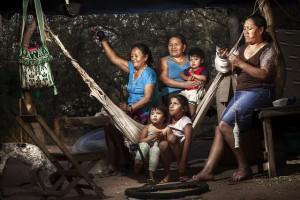 En América Latina 40 por ciento de las mujeres rurales mayores de 15 años no tiene ingresos propios. Crédito: Max Toranzos/FAO