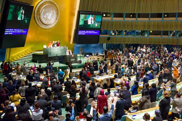 Sala de sesiones de la Asamblea General en la inauguración de la 61 sesión de la Comisión de la Condición Jurídica y Social de la Mujer (CSW). Crédito: Rick Bajornas/UN Photo.