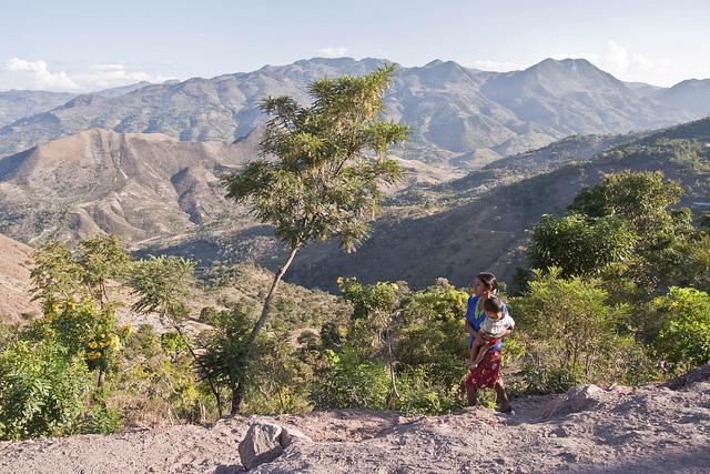 Según la FAO, 1,6 millones de personas se encuentran en inseguridad alimentaria en el Corredor Seco Centroamericano. Crédito: Samuel Hauenstein/FAO