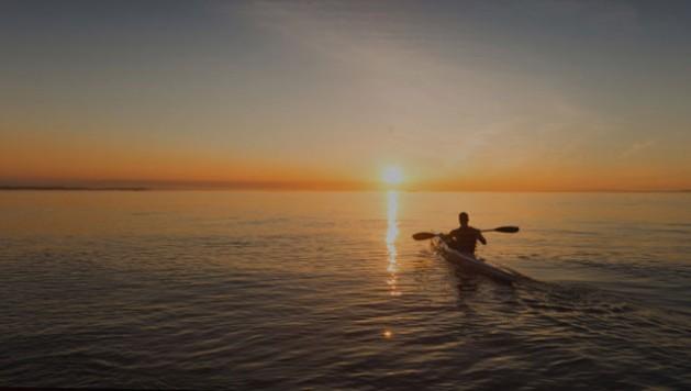 """El lema del Día Mundial del Ambiente de 2017, """"Reconéctate con la naturaleza"""", subraya la idea de que manteniendo al planeta sano, nosotros también permaneceremos saludables."""