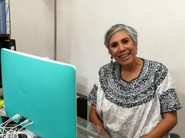 Lucía Lagunes, una de las promotoras de Violeta Radio y directora de Comunicación e Información de la Mujer, Cimac, una referencia en México como organización de defensa de los derechos de las mujeres y como medio feminista. Crédito: Daniela Pastrana/IPS