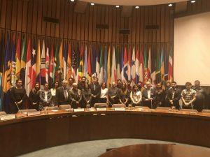 """Foto de familia durante la primera jornada del seminario-taller sobre """"Cómo aplicar los ODS a la agenda periodística: profundizando en la Acción por el Clima, un objetivo transversal"""", organizado por la Fundación de la ONU e IPS. Crédito: IPS"""