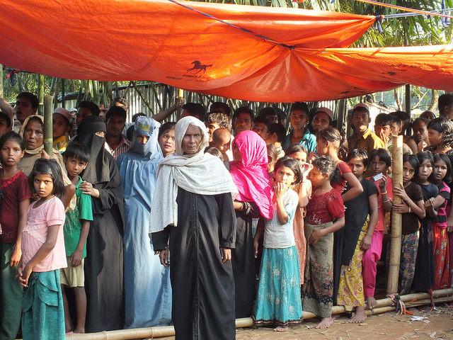 Refugiados rohinyás en Bangladesh esperan en el limbo. Crédito: Naimul Haq/IPS