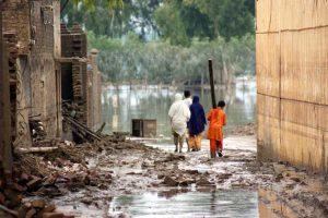 El impacto del cambio en la vida cotidiana es cada vez más visibles para todos. Crédito: Amjad Jamal/UN Photo/PMA.