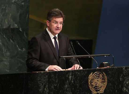 El canciller eslovaco Miroslav Lajcak se dirige a la Asamblea General de la Organización de las Naciones Unidas tras su elección como presidente del 72 período de sesiones del plenario, el 31 de mayo de 2017. Crédito: UN Photo