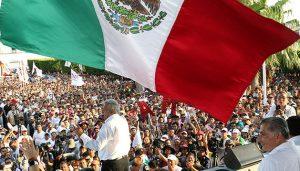 Andrés Manuel López Obrador, el candidato de izquieda al que todas las encuestas dan como gran ganador en las elecciones presidenciales del domingo 1 en México, durante un acto en Tabasco, en el final de la campaña electoral. Crédito: Cortesía de Piedepágina.org.mx